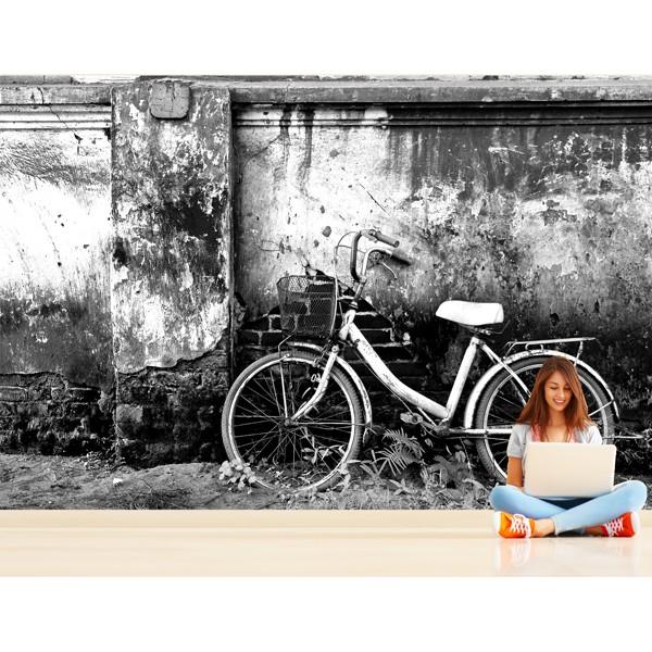 bicicleta en blanco y negro