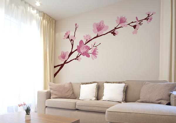 Rama con flores color rosa