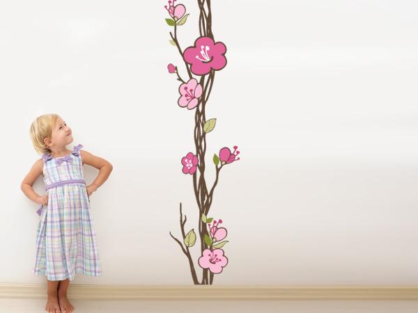Rama con flores de colores vertical