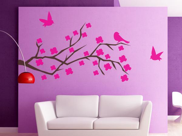 Rama con flores y pájaros